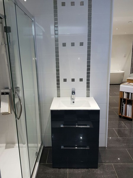 Bathroom Fitters Glasgow >> Showroom Glasgow | Kitchen, Bedroom And Bathroom Showroom ...